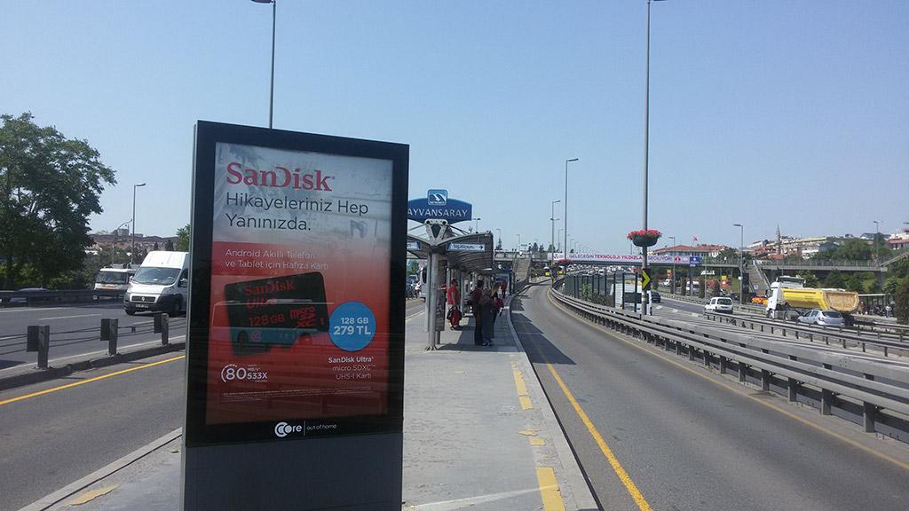 Sandisk - iXpand Drive Campaign 1